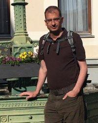 Örs, Co-founder